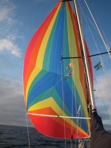 Der Regenbogen ist wieder da, und die schwedische Gastlandflagge ist auch schon gesetzt
