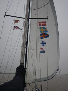 Flaggenparade bei der Rückkehr in den Heimathafen